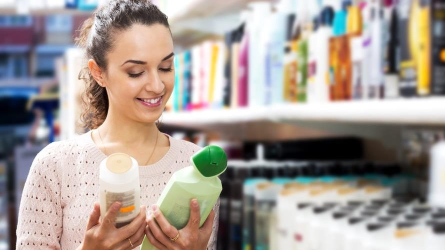 How To Buy The Best Shampoo For Dry Scalp