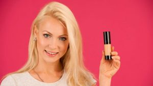 Oil Based Foundation For Dry Skin – A Complete Guide