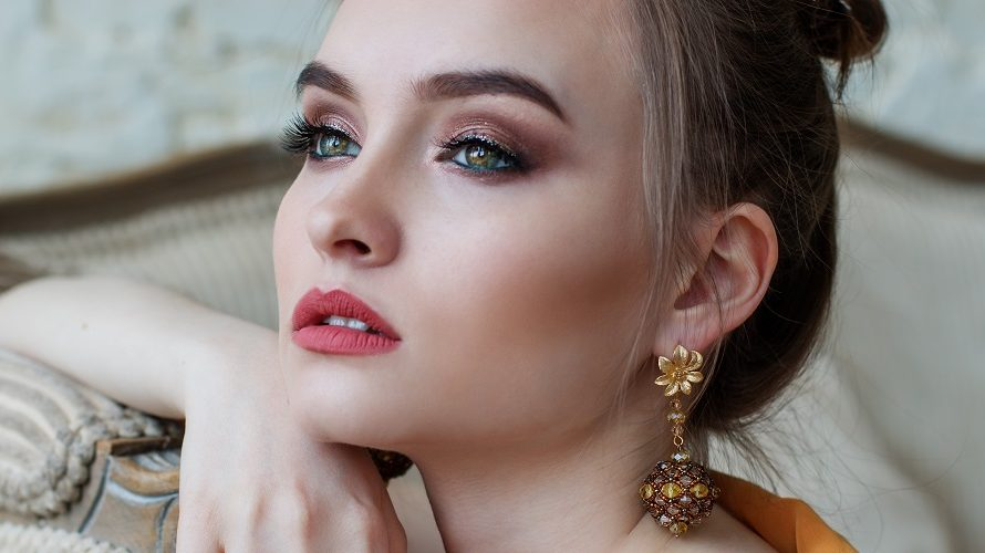 What Is The Best Drugstore Lip Liner For A Bold Look