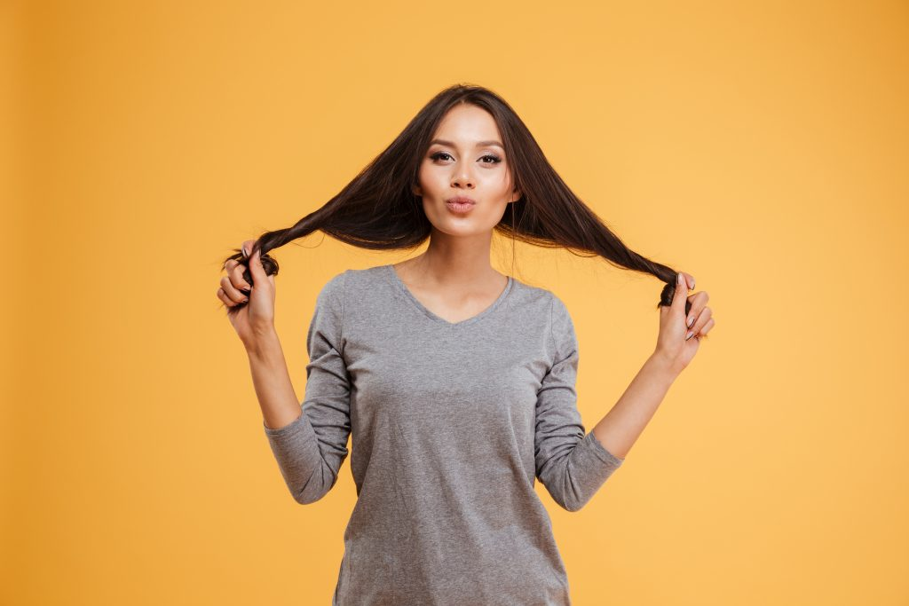 How To Get Rid Of Smelly Hair Without Washing It