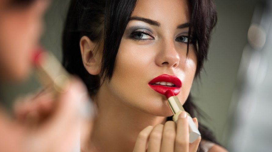 Tip Of The Day: How To Apply Lipsense?