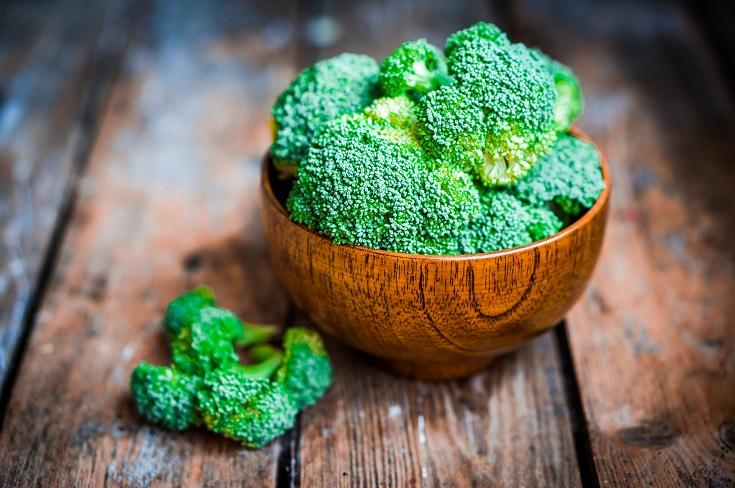 Broccoli is full of vitamin B5 and vitamin C
