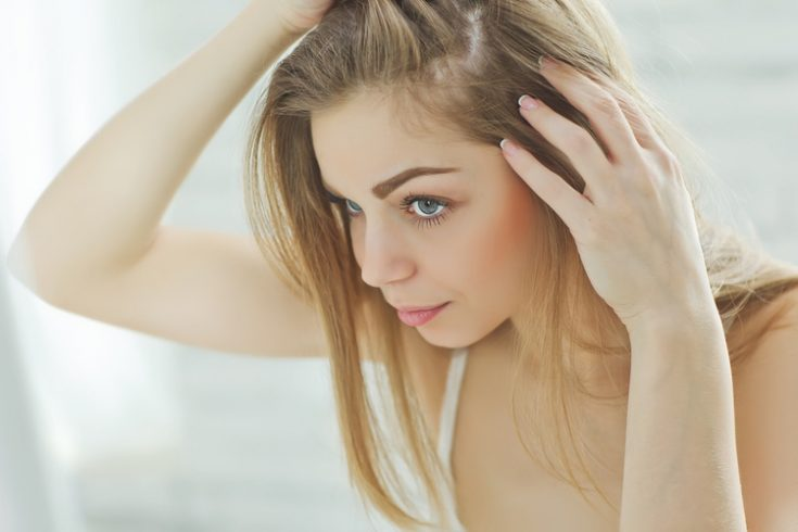 Check symptoms of dandruff quickly